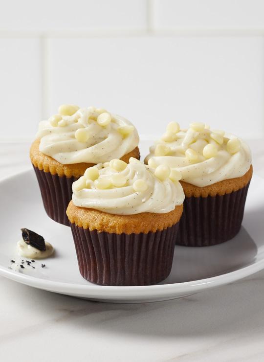 Vanilla Bean Mini Cake Bite